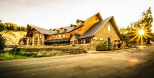 Ada Lodge at Falls Creek